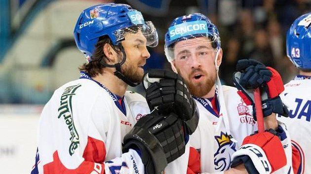 Michael Frolík (vlevo) a Filip Hronek v dresu národního týmu.