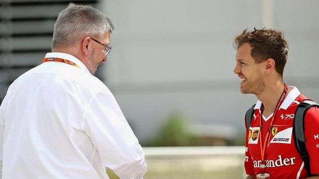 Ross Brawn a Seabstian Vettel.