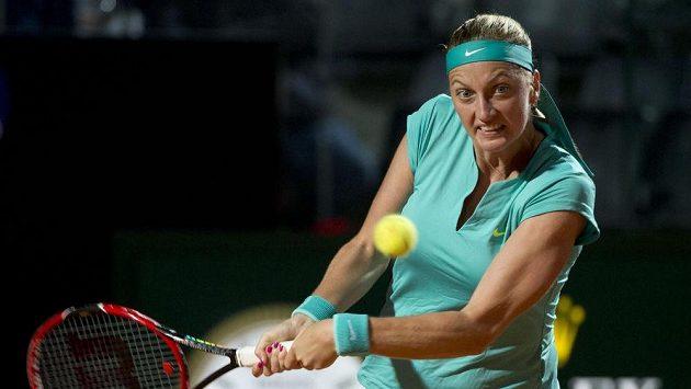 Petra Kvitová během zápasu s Italkou Karin Knappovou