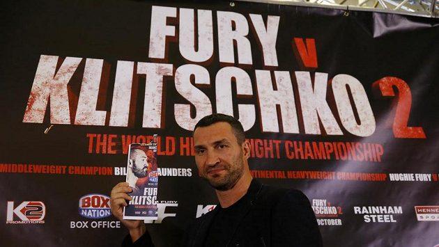 Vladimir Kličko čekal na tiskové konferenci na svého soka Tysona Furyho marně.