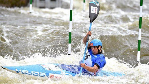 Kajakář Jiří Prskavec během finálové jízdy Světověho poháru ve vodním slalómu v kategorii K1.