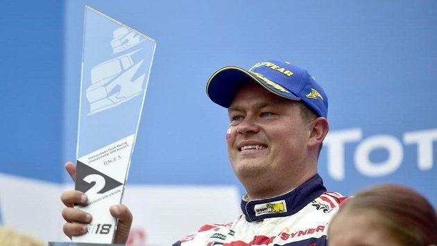 Český jezdec Adam Lacko skončil stříbrný v prvním závodu druhého soutěžního dne.