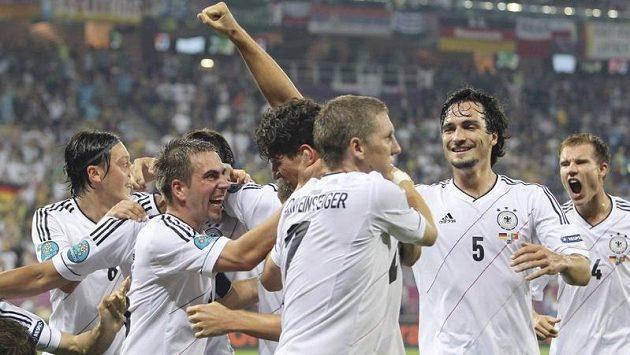 Fotbalisté Německa jsou tipováni za hlavní favority turnaje