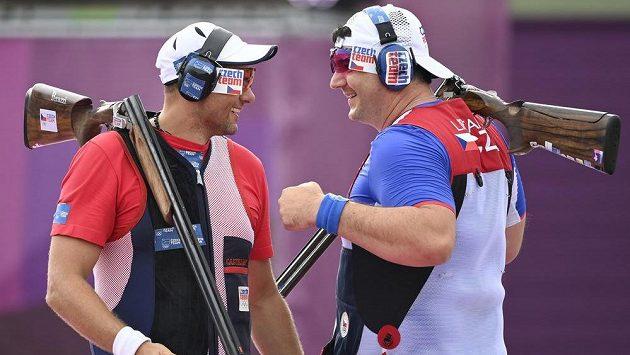 Zleva stříbrný David Kostelecký a zlatý Jiří Lipták v olympijském finále.