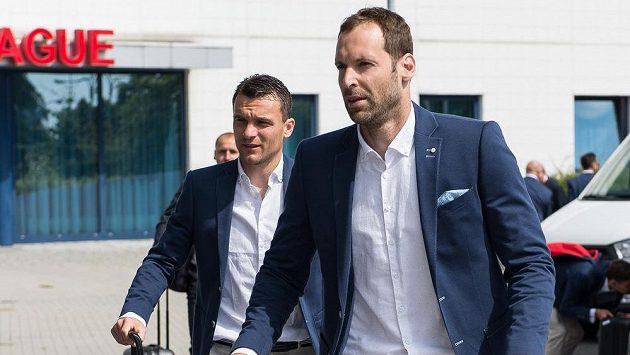 Brankář Petr Čech před odletem na EURO 2016 do Francie.