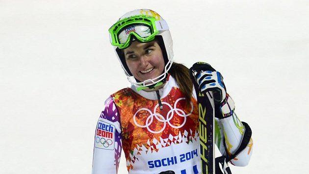Šárka Strachová po 2. kole olympijského slalomu.