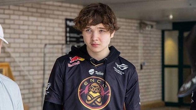 Finský profesionální hráč ve hře CS:GO Elias Jamppi Olkkonen Zdroj: Instgram @eliasolkkonen