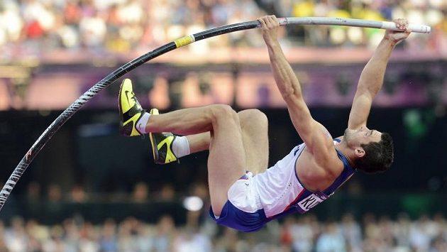 Tyčkař Jan Kudlička při olympijském finále v Londýně.