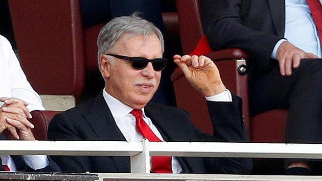 Minoritní vlastník Arsenalu Stan Kroenke