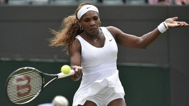 Američanka Serena Williamsová si rychle poradila s Chanelle Scheepersovou z JAR.