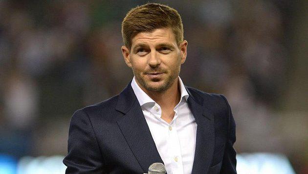 Steven Gerrard byl slavnostně přivítán v Los Angeles před zápasem s Torontem.