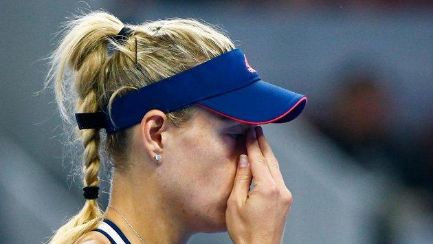 Němka Angelique Kerberová na snímku z utkání s Ukrajinkou Elinou Svitolinovou na turnaji v Pekingu.