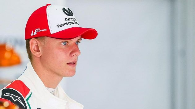 Mick Schumacher, syn legendárního Michaela Schumachera.
