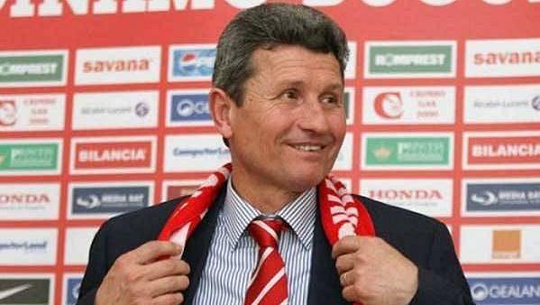 Trenérský veterán Gheorghe Multescu se ujal počtvrté v kariéře fotbalistů Dinama Bukurešť.