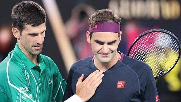 Hvězdy tenisového světa Novak Djokovič a Roger Federer
