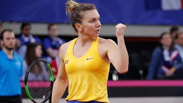 Simona Halepová nedala Kristině Mladenovicové žádnou šanci