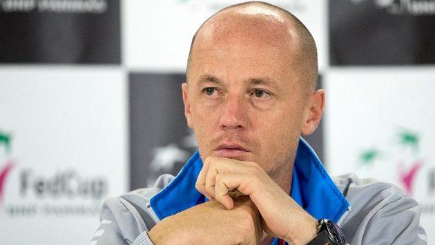 Trenér českého fedcupového týmu Petr Pála.