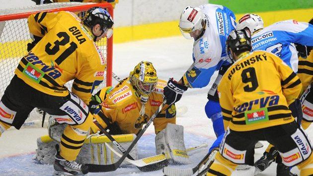 Brankář Litvínova Pavel Francouz nepovolil Plzni jediný gól.