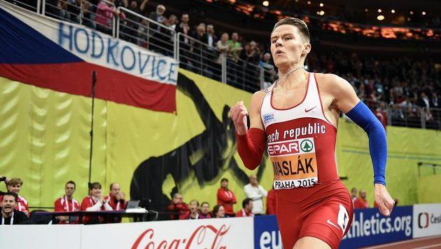 Běžec Pavel Maslák během zlatého závodu na halovém mistrovství Evropy v atletice.