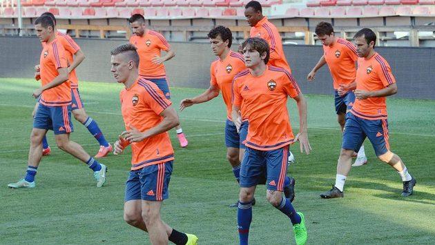 Fotbalisté CSKA Moskva si zatrénovali na Letné před středečním odvetným duelem 3. předkola Ligy mistrů se Spartou.