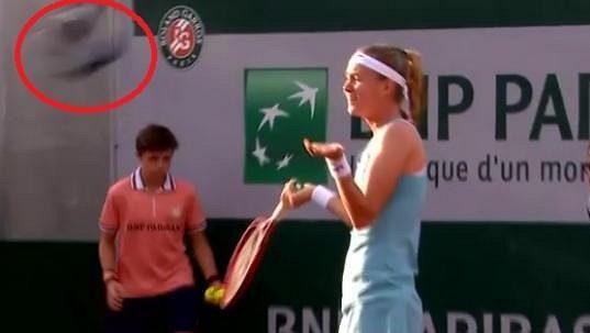 Hodně nečekaný moment ovlivnil utkání Marie Bouzkové a Biancy Andreescuové.