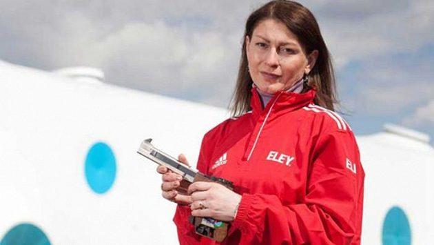 Gruzínská sportovní střelkyně Nino Salukvadzeová má před sebou rekordní devátý start na olympijských hrách v řadě.