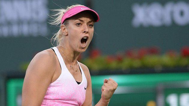 Vítězné gesto německé tenistky Sabine Lisické