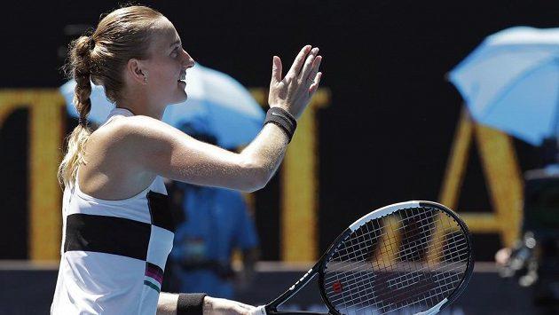 Petra Kvitová postupuje do čtvrtfinále.