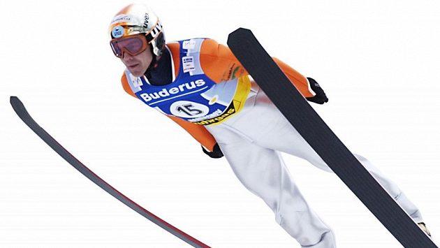 Skokan na lyžích Jaroslav Sakala senior na archivním snímku.