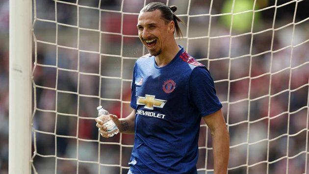 Vysmátá hvězda Manchesteru United Zlatan Ibrahimovic. Zkušený švédský kanonýr se trefil na půdě Sunderlandu.