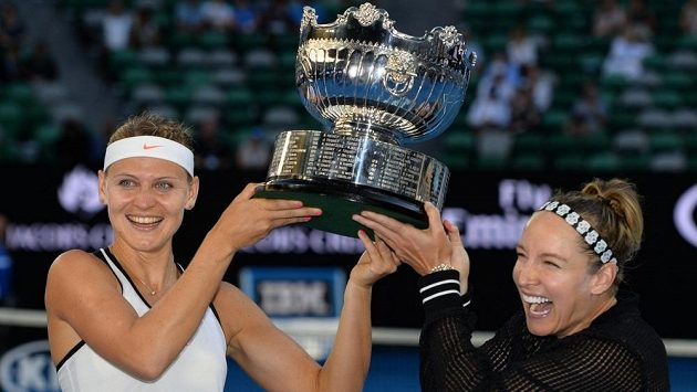 Lucie Šafářová a Bethanie Matteková-Sandsová.