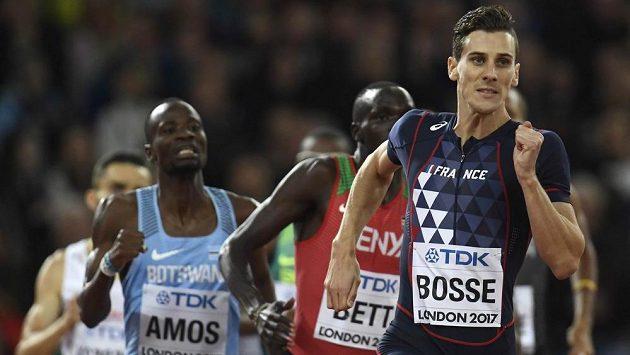 Na trati 800 metrů překvapivě na MS triumfoval Francouz Pierre-Ambroise Bosse.