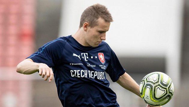 Jakub Jankto při tréninku reprezentace před zápasy s Austrálií a Nigérií.