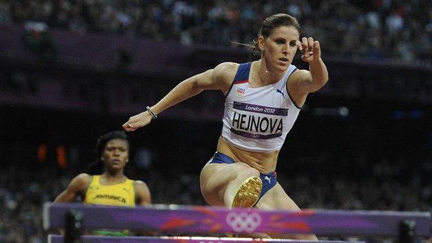 Zuzana Hejnová na olympijské trati 400 metrů překážek
