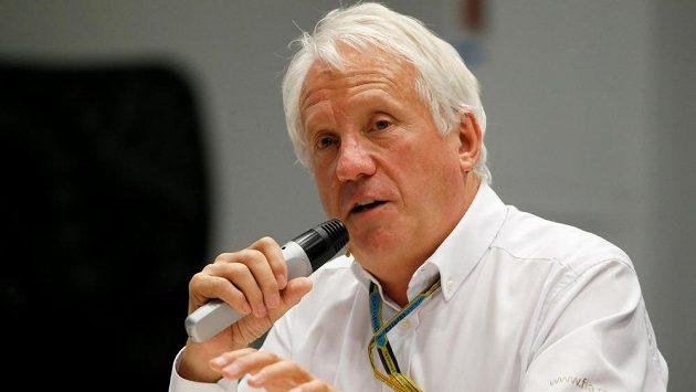 Ředitel závodů formule 1 Charlie Whiting zemřel nečekaně na plicní embolii.