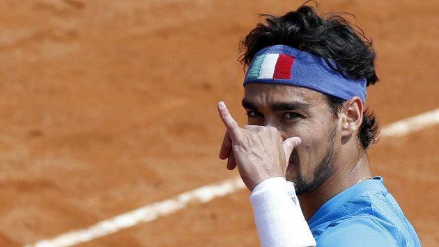 Fabio Fognini se raduje z výhry nad andym Murraym v semifinále Davis Cupu.