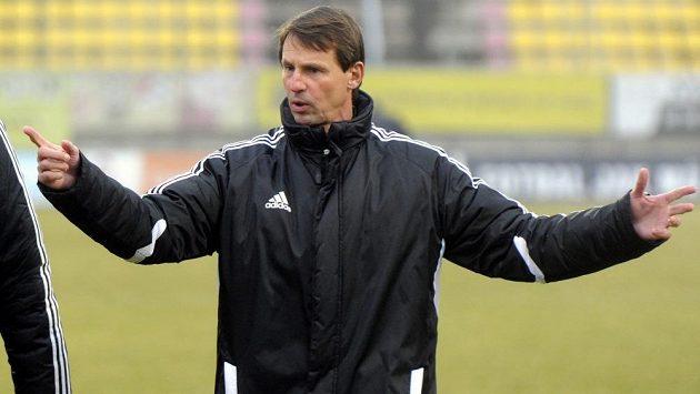 František Straka na tréninku fotbalistů Příbrami.