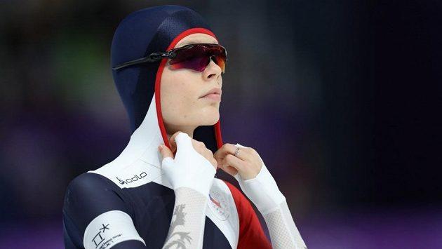 Nikola Zdráhalová se připravuje na start patnáctistovky.