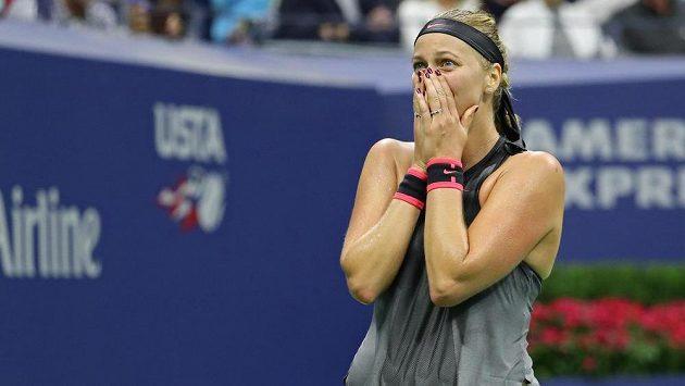 Petra Kvitová jako by postupu do čtvrtfinále US Open nechtěla ani věřit.