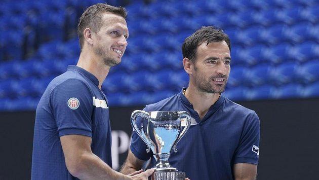 Debloví šampioni Australian Open - Dodig (vpravo) s Poláškem