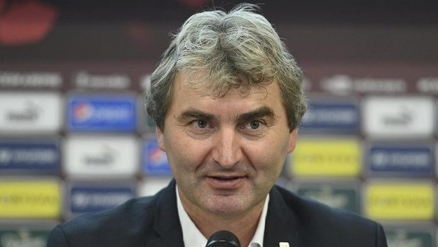Trenér fotbalové reprezentace do 21 let Jan Suchopárek.