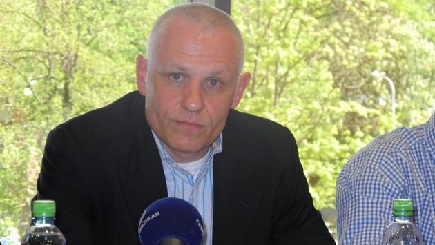Nový trenér HC Mountfield Peter Draisaitl