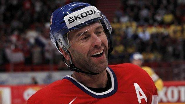 Petr Nedvěd dal v utkání se Švédskem jeden gól. Další mi ještě dluží, smál se kouč Hadamczik.