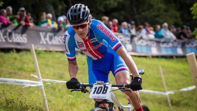 Jaroslav Kulhavý na speciálním kole v českých barvách na trati mistrovství světa v Lenzerheide.