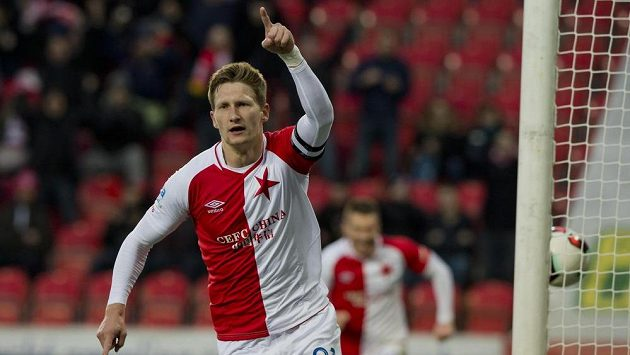 Milan Škoda ze Slavie se raduje z gólu proti Teplicím.