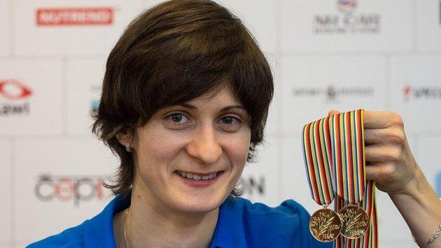 Rychlobruslařka Martina Sáblíková s medailemi, přidá na olympiádě do sbírky další?