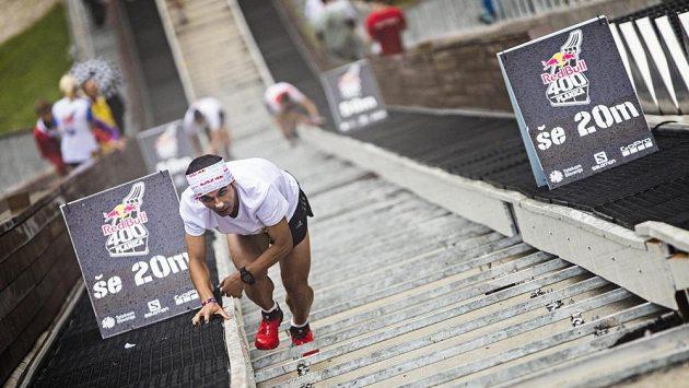 Ahmet Arsalan se opět blíží vítězně do cíle.