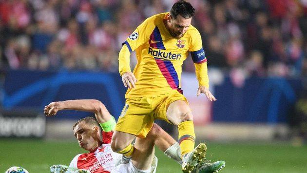 Připravit se na kvalifikakci a hrát poté podobné zápasy, jakým by duel Slavie s Barcelonou, i o to šlo při hlasování o restartu ligy.