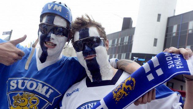 Finští fanoušci před semifinálovým utkáním se Švédskem.