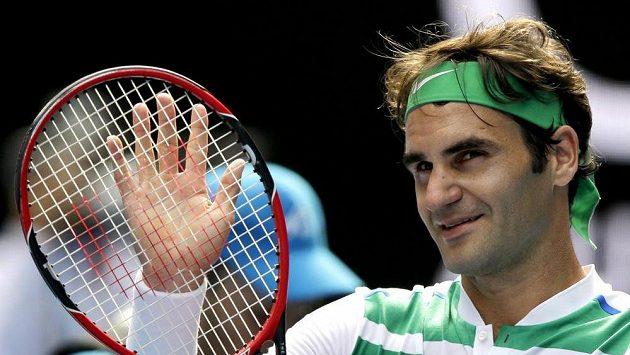 Roger Federer nechal Hingisovou na své rozhodnutí čekat.